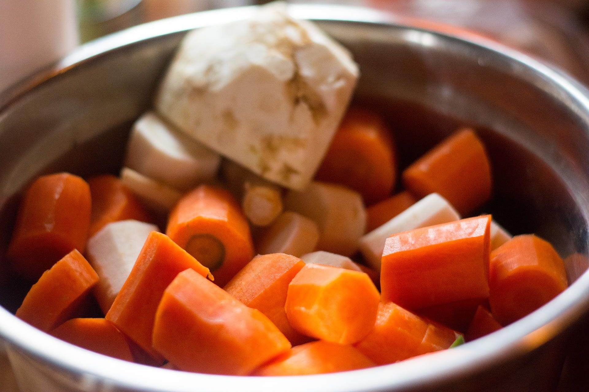 zöldségek-húsleves
